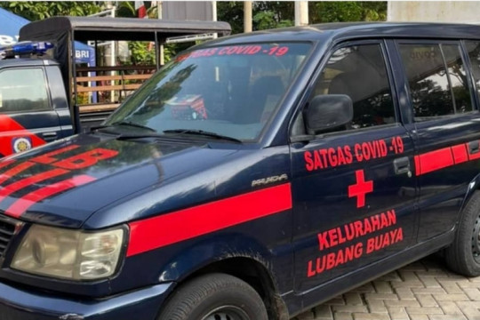Kelurahan Lubang Buaya ubah kendaraan dinas menjadi ambulans