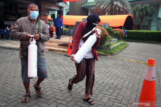 Pemkot Tangerang perpanjang layanan pengisian tabung oksigen gratis