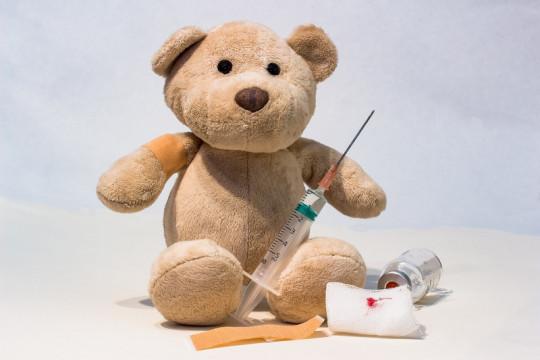 Perlukah imunisasi anak ditunda di daerah PPKM Darurat?