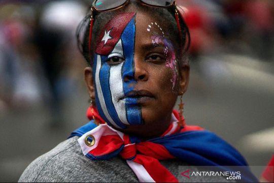 Aksi warga Kuba di pengasingan