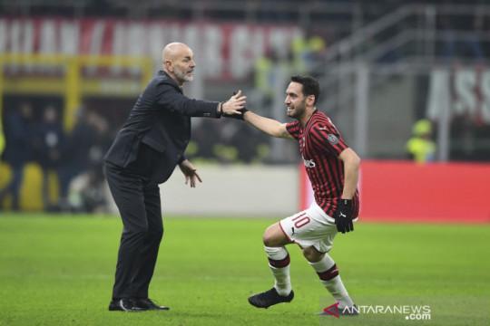 Hakan Calhanoglu: hanya Stefano Pioli yang menginginkan saya di Milan