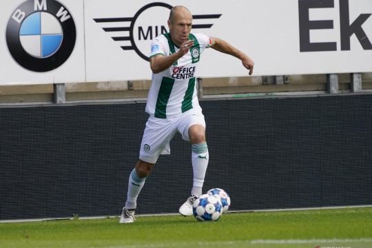 Arjen Robben umumkan gantung sepatu untuk kedua kalinya