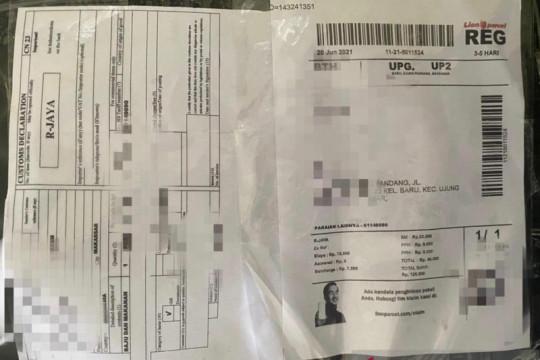 Bea Cukai Batam menemukan ganja dalam paket ekspedisi