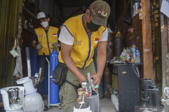 Kelurahan Ciracas pinjamkan tabung oksigen medis ke warga