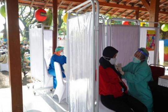 Penerima vaksin COVID-19 di Kabupaten Madiun 148.290 orang