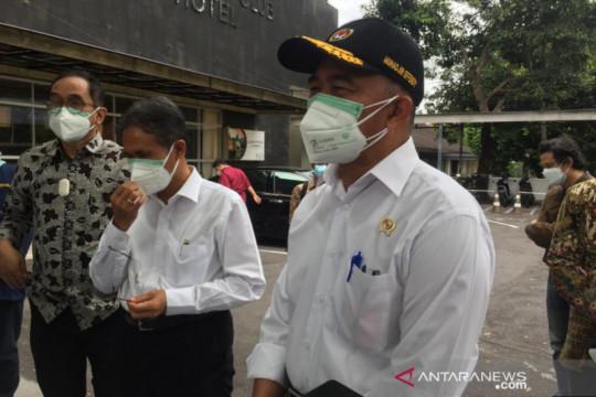 Menko PMK sebut Indonesia sudah darurat militer hadapi COVID-19