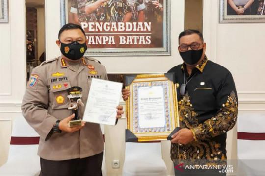 Kapolri anugerahi Maluku penghargaan provinsi terbaik PPKM mikro