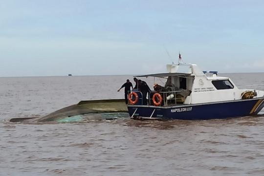 KKP kerahkan kapal pengawas guna evakuasi nelayan tenggelam di Kalbar