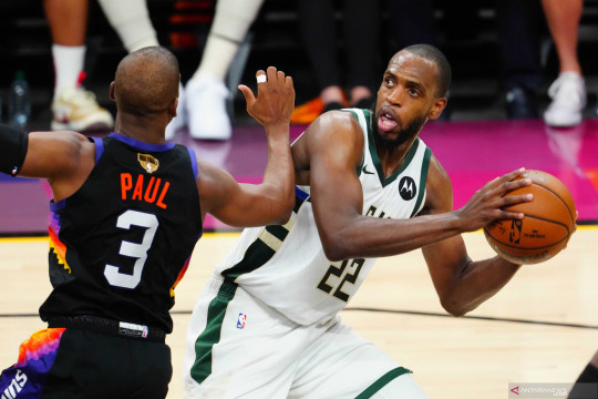 Final NBA: Bucks memimpin 3-2 setelah kalahkan Suns 123 - 119