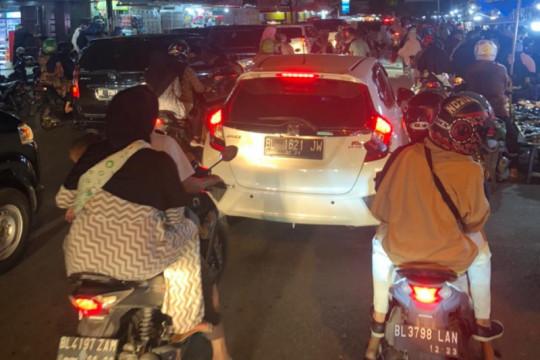 Sejumlah jalan utama Banda Aceh macet di malam takbiran Idul Adha