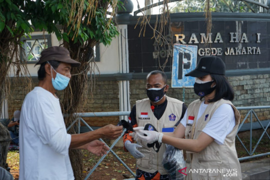 Dekan FKUI anjurkan gunakan masker saat bertemu orang tua