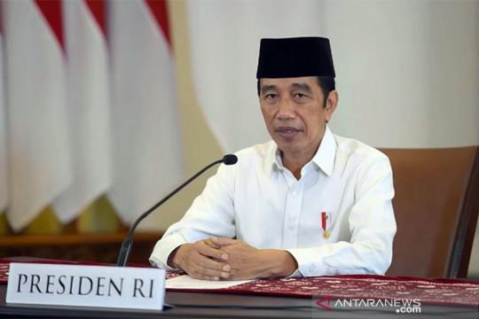 Presiden Jokowi : Berdoa dan bertakbir dari rumah masing-masing