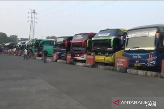 Terminal Kampung Rambutan sepi penumpang jelang Idul Adha