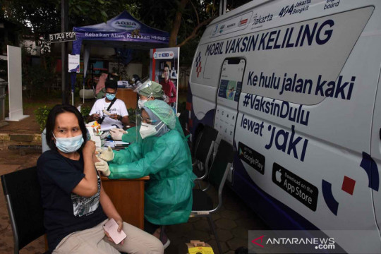 Epidemiolog: Vaksinasi lengkap bisa kurangi kasus COVID-19 di DKI