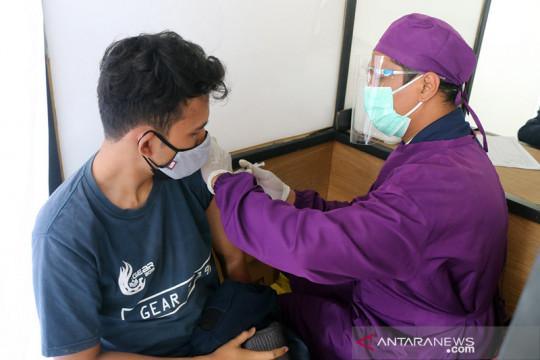 KAI Daop V tetap layani vaksinasi saat Idul Adha di Stasiun Purwokerto