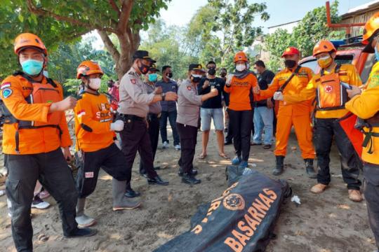 BPBD Kediri cari dua warga tenggelam di Sungai Brantas