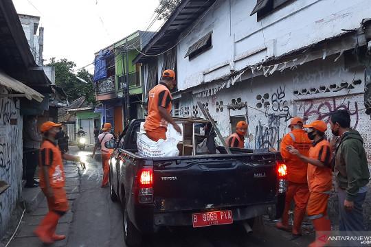 Dua terduga pelaku tawuran di Pasar Manggis ditangkap