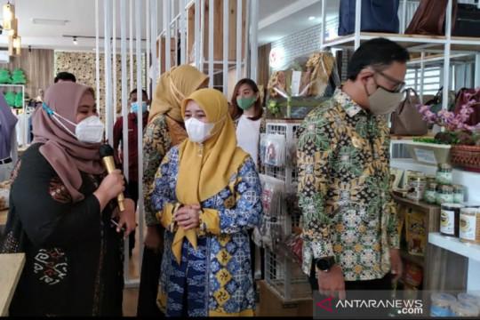 Mahasiswa IPB bantu UMKM Kota Bogor kembangkan website