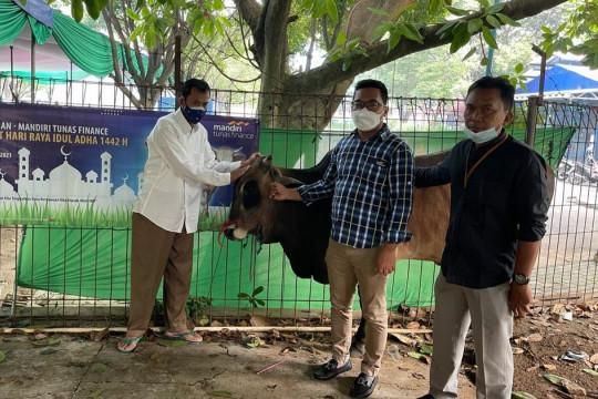 MTF bagikan daging kurban untuk masyarakat sekitar