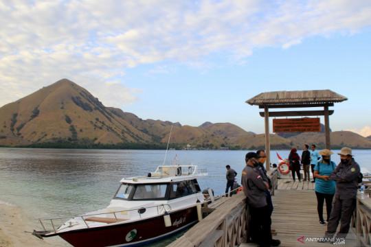 Kawasan wisata pulau padar kembali dibuka bagi turis