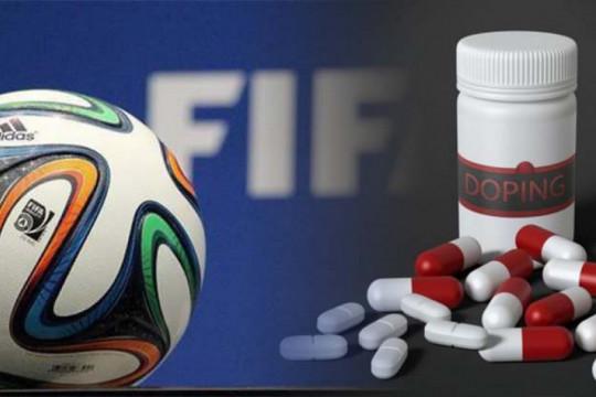 Tiga pesepak bola Rusia dijatuhi sanksi larangan tampil karena doping