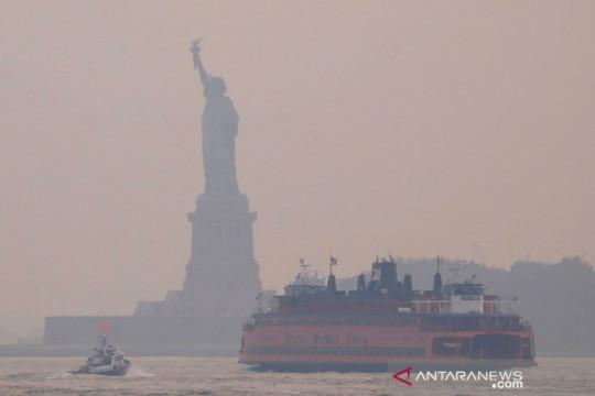 Asap kebakaran hutan dan lahan selimuti udara Kota New York