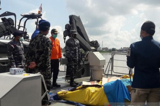 SAR Pontianak: 33 nelayan korban kapal tenggelam belum ditemukan