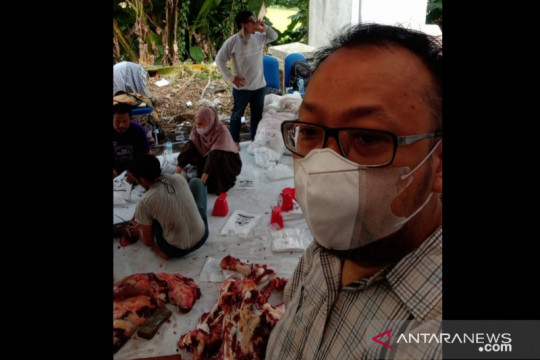 KNPI kurban 24 ekor hewan untuk warga terdampak pandemi di Jabodetabek