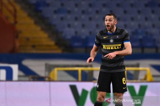Stefan de Vrij senang dengan kehadiran Simone Inzaghi di Inter