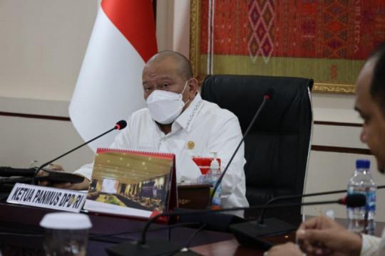 Ketua DPD RI minta masyarakat tidak takut divaksin