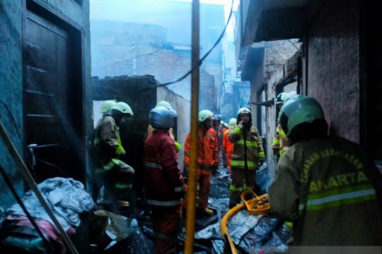 Pemkot Jakbar catat 161 kasus kebakaran selama 2021