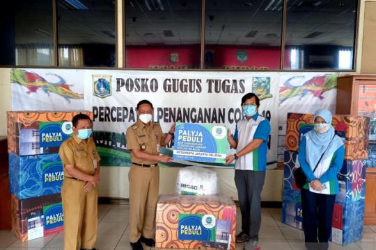 PALYJA salurkan 160 paket bantuan COVID-19  di Jakarta Selatan