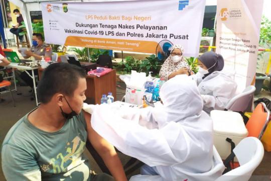 LPS-Polres Jakpus gelar vaksinasi massal di Tanah Abang