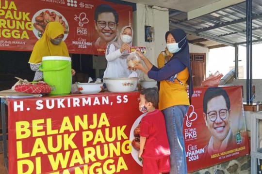 Fraksi PKB se-Jateng memborong dan bagikan lauk pauk di warung desa