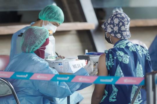 Ratusan pelaku pariwisata di DIY dapat suntikan vaksin COVID-19