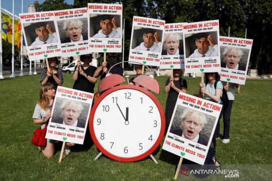 Inggris bagikan vaksin COVID-19 kepada delegasi konferensi iklim