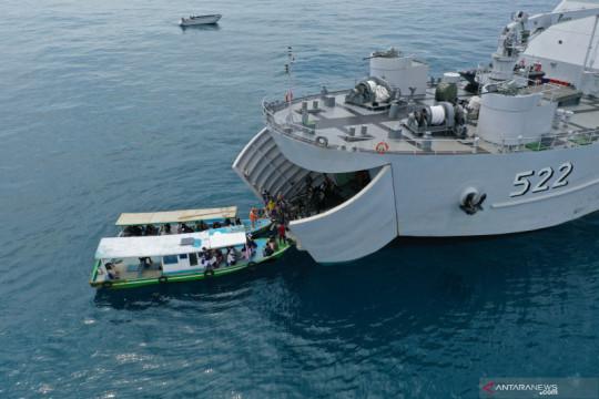 Operasi Serbuan Vaksinasi Masyarakat Maritim di Kepulauan Seribu