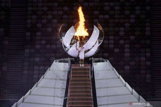 Naomi Osaka nyalakan api Olimpiade Tokyo 2020
