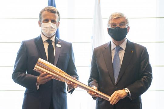 Emmanuel Macron tiba di Tokyo untuk upacara pembukaan Olimpiade