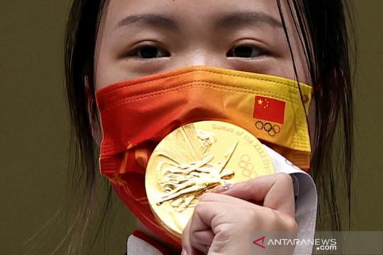 China sabet medali emas pertama Olimpiade Tokyo 2020