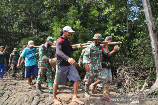 Brimob sterilkan lokasi penemuan bom peninggalan perang di Bone