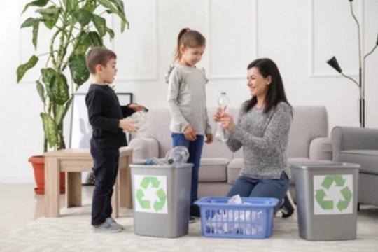 Membangun kesadaran peduli sampah pada anak dengan 3R