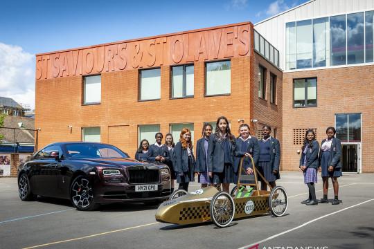 Rolls-Royce berikan kit mobil Greenpower untuk desainer muda