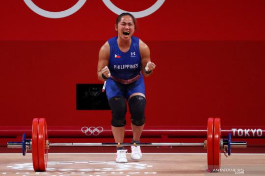 Hidilyn Diaz sumbang emas pertama untuk Filipina