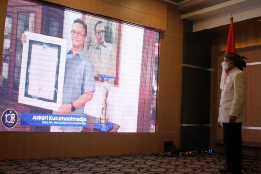 Paguyuban Pasundan berikan penghargaan Untuk Mochtar Kusumaatmadja