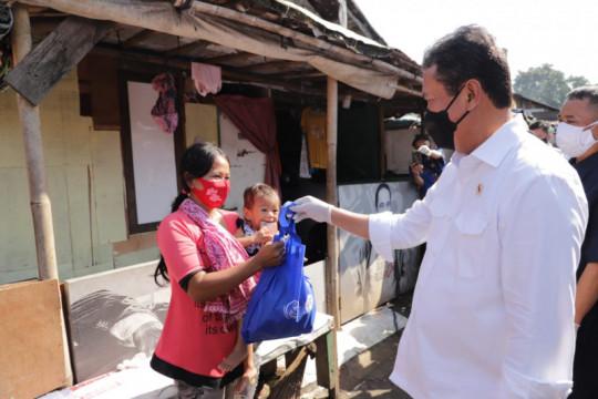 KKP bagikan satu ton ikan di Bantargebang untuk tingkatkan imun