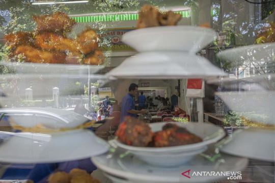 Waktu makan di tempat maksimal 20 menit jadi salah satu penyesuaian aturan PPKM usaha kuliner