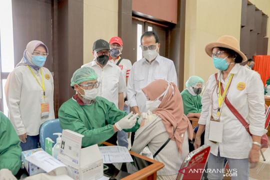 Taspen gandeng Kagama gelar vaksinasi COVID-19 bagi masyarakat