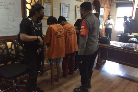 Polisi meringkus pelaku pembakaran mobil di Makassar