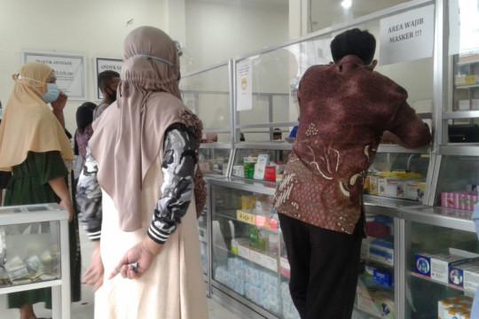 Stok obat-obatan di apotek Halmahera Utara langka